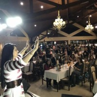 Deputada cantora Mara Lima realiza jantar beneficente de Dia das Mães